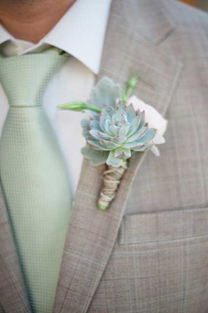 Melissa Oholendt Photography via Branches Floral