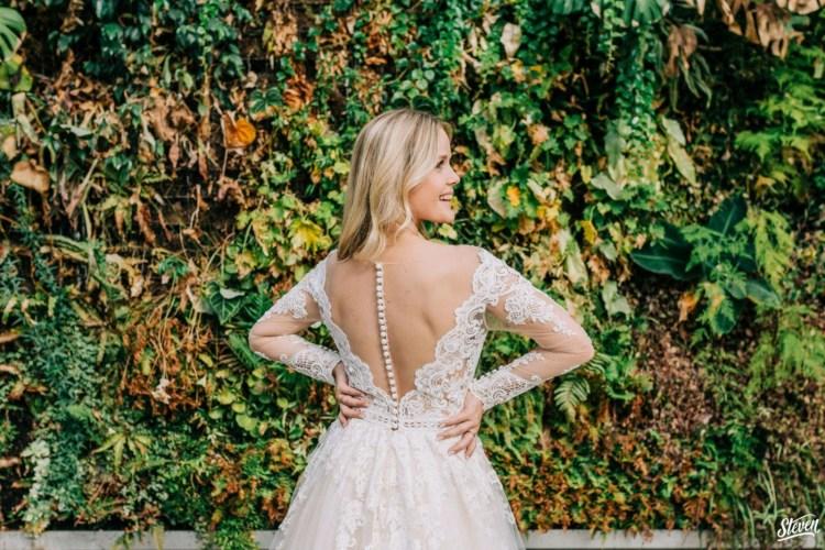 Bruid met open rug