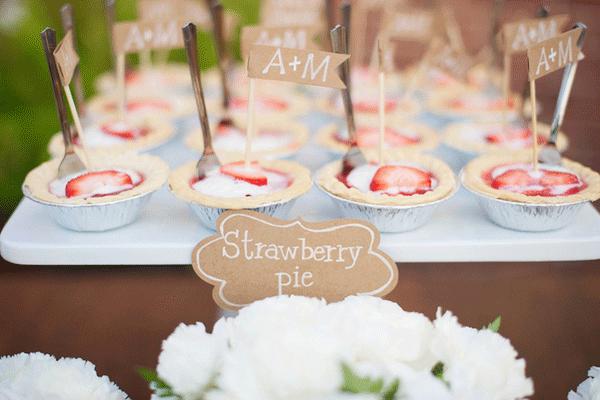 Mini taartjes met aardbei