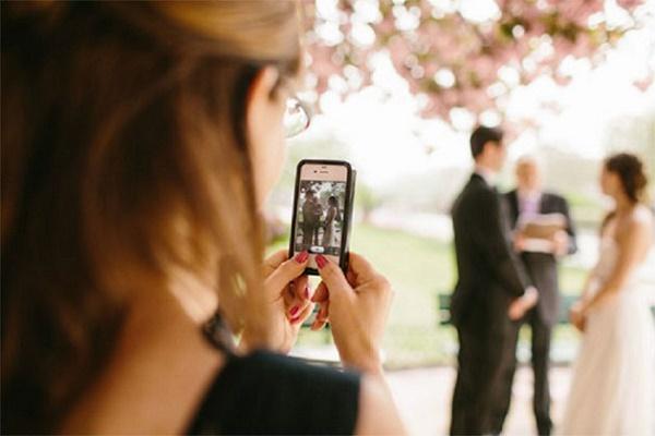 Social media op een bruiloft