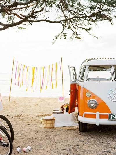 Oranje Volkswagenbusje