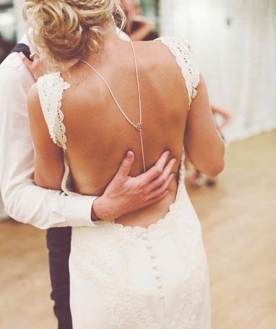 Rug ketting bruid