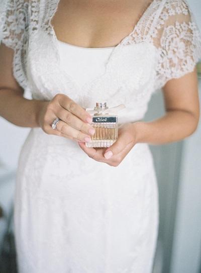 Bruid met parfum
