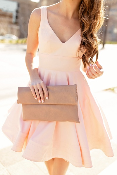 Jurkje als bruiloft outfit