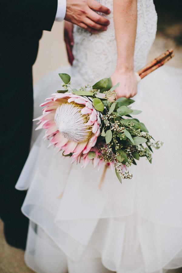 Bruid met Protea