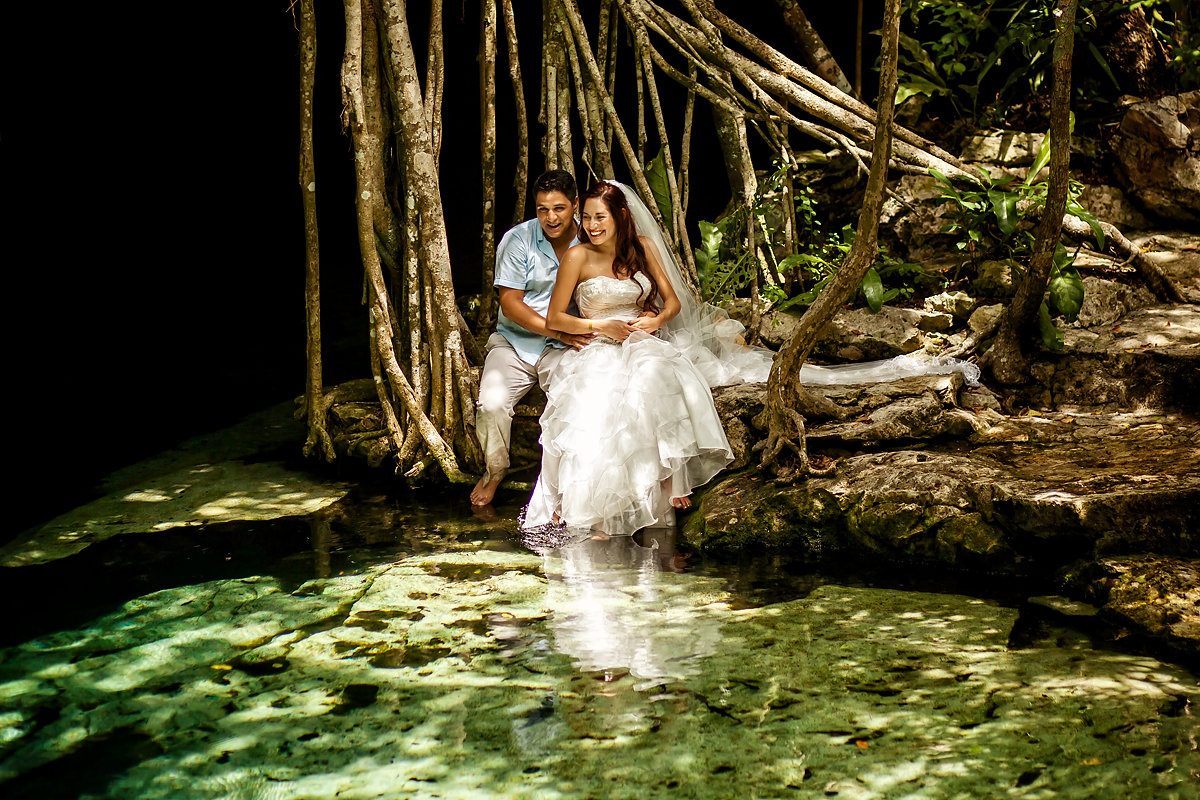 Trash the dress in een cenote
