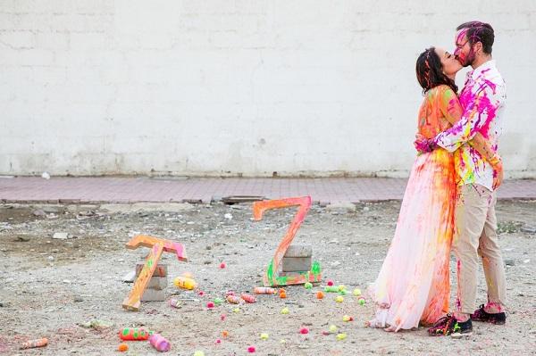 Trash the dress met verf