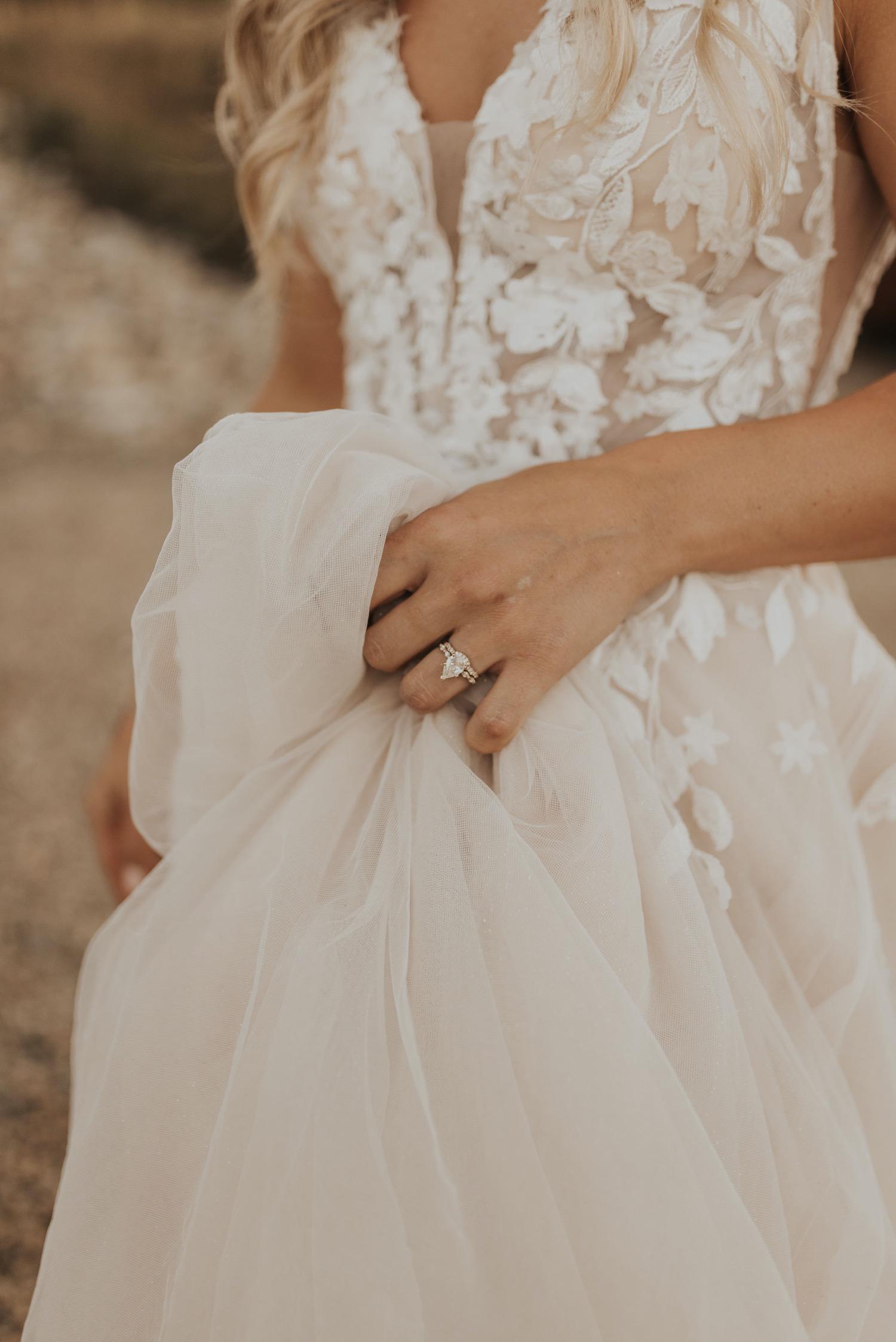 Bruid in trouwjurk