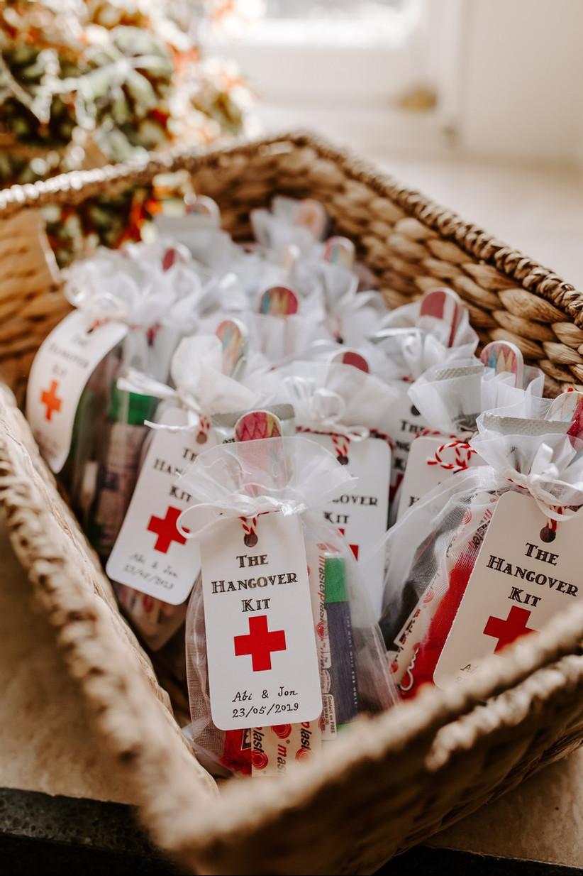 Hangover kit als cadeautje op de bruiloft