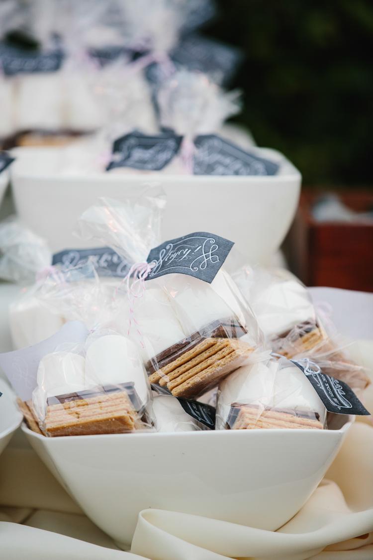 S'mores als chocolade bruiloft bedankje