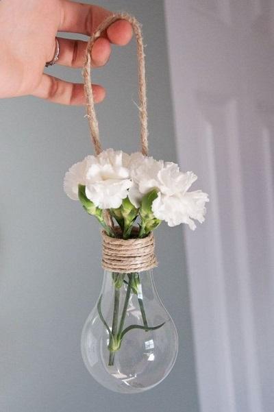 Bloemen in gloeilamp