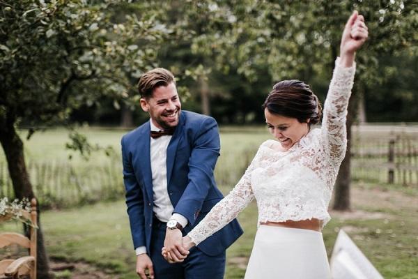 Trouwfoto met bruidspaar