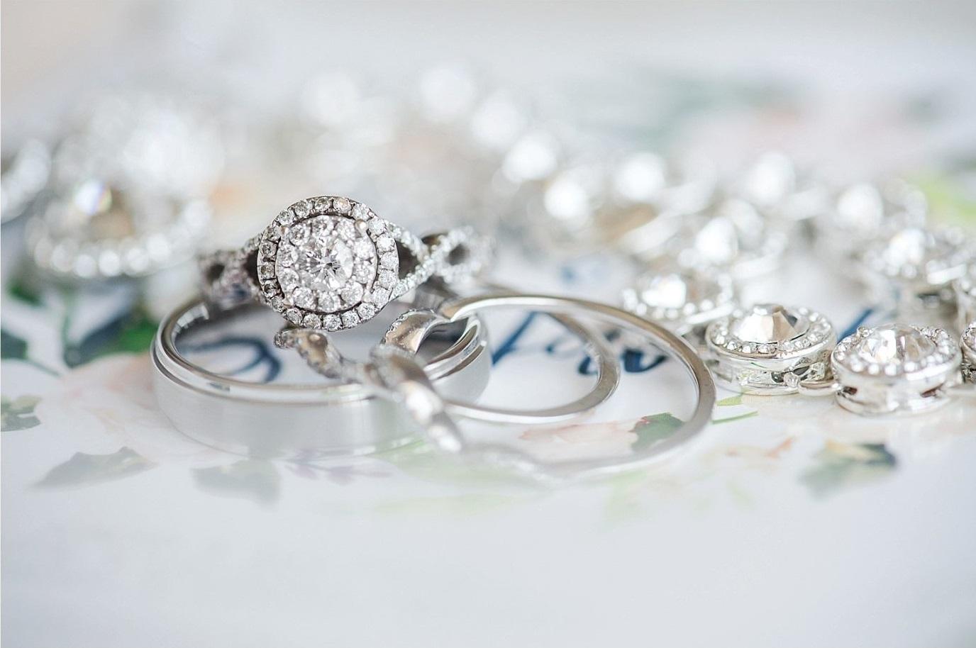 Trouwringen en bruidssieraden