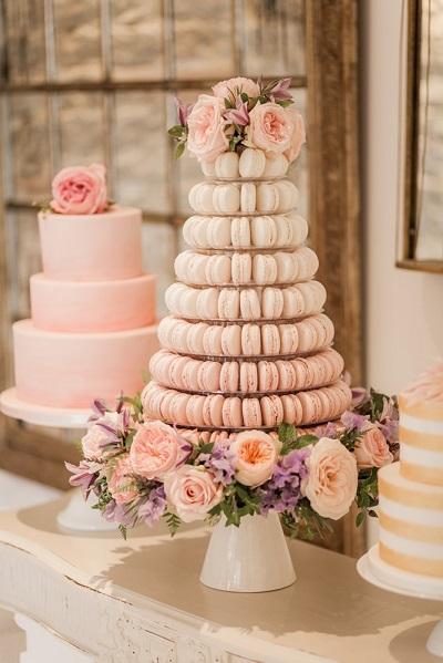 Alternatieve bruidstaart van macarons