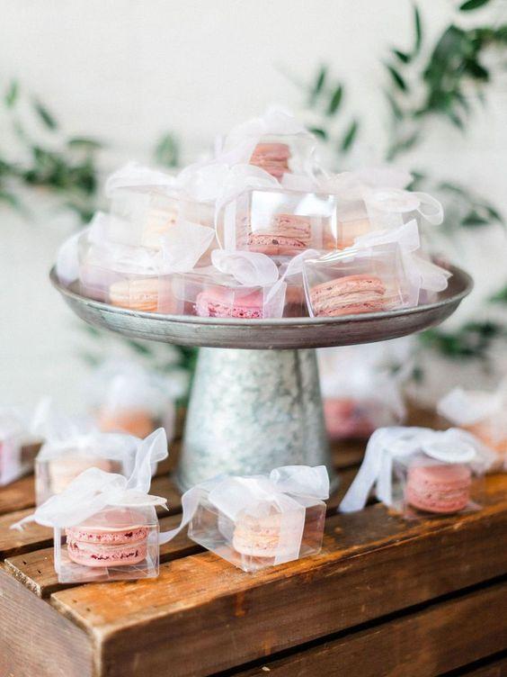 Bedankjes bruiloft macarons