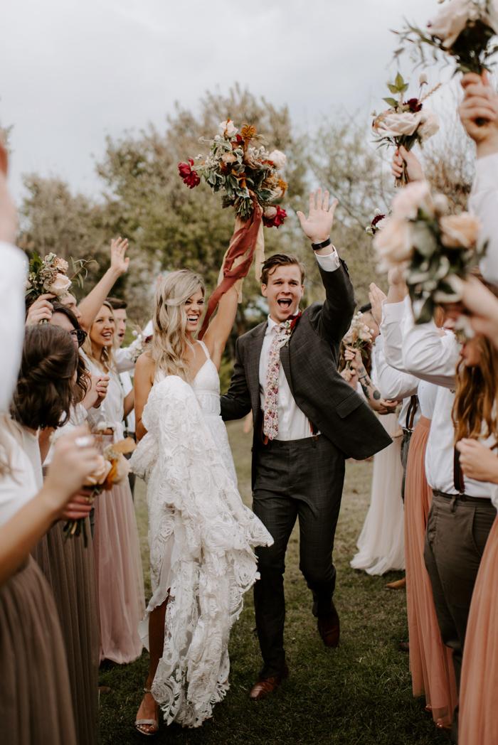 Bruidspaar bij trouwceremonie