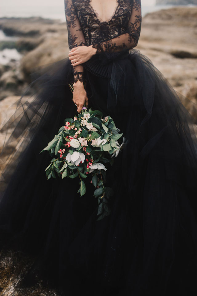 Zwarte trouwjurk bruid