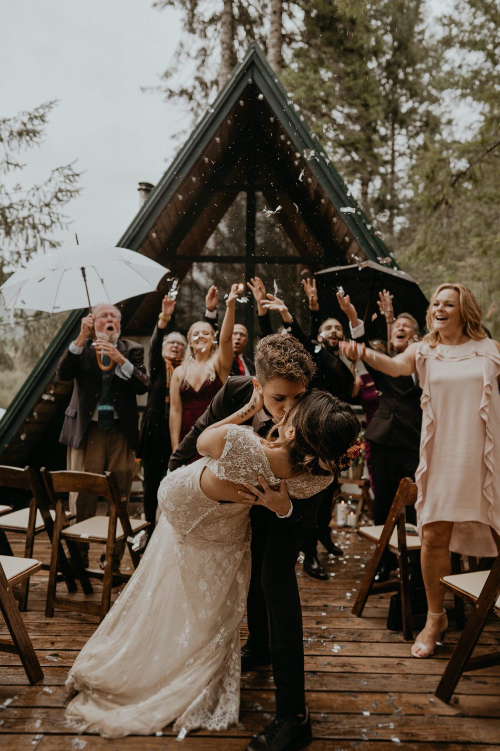 Bruiloft ceremonie op de dagindeling