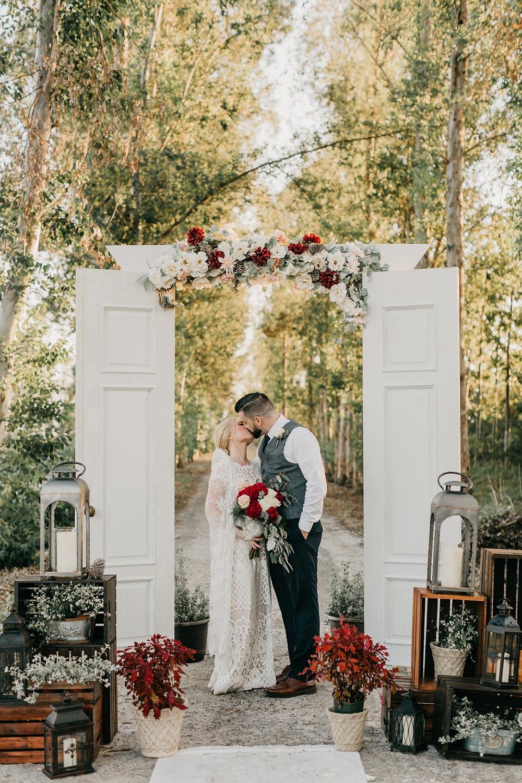 Bruiloft backdrop met deuren