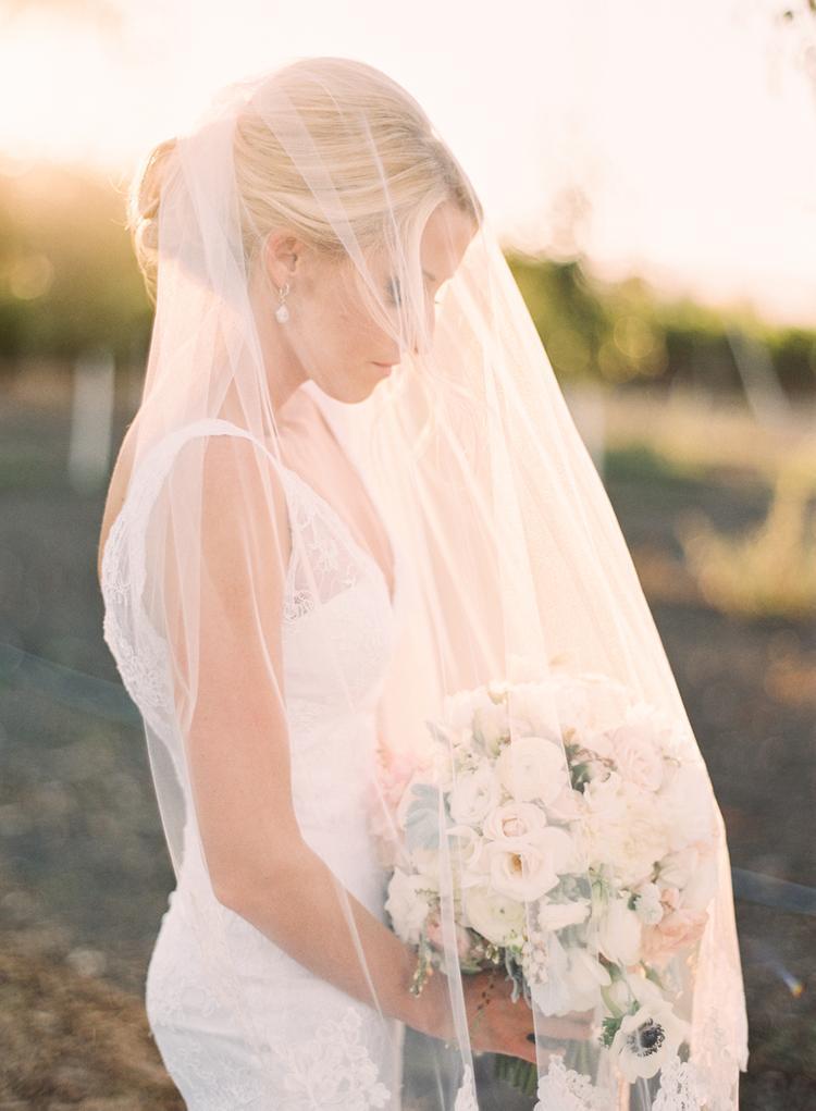 Bruid onder haar sluier
