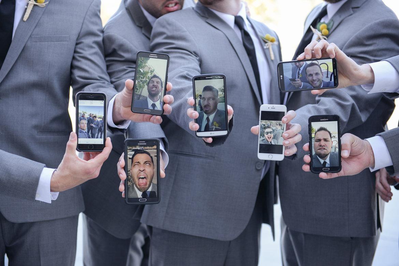 Selfie van de vrienden van de bruidegom