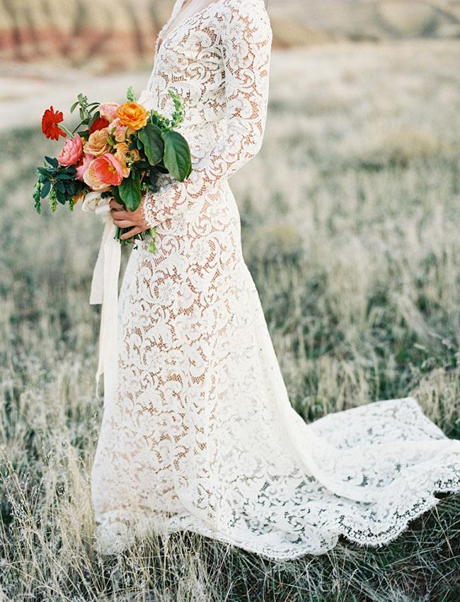 Doorschijnende bruidsjurk