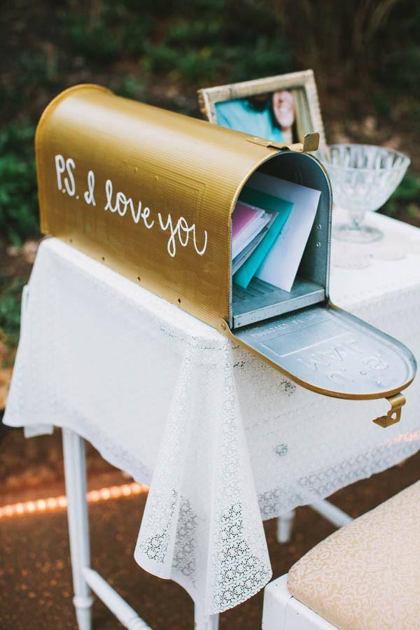 Brievenbus als enveloppendoos bruiloft