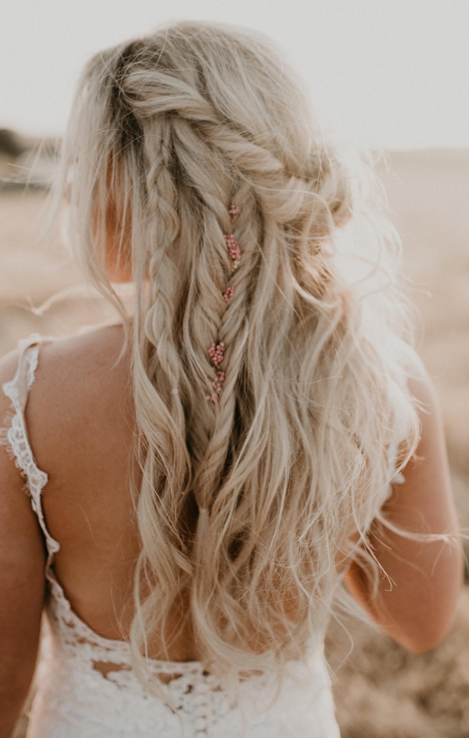 Bohemian bruidskapsels met lang haar