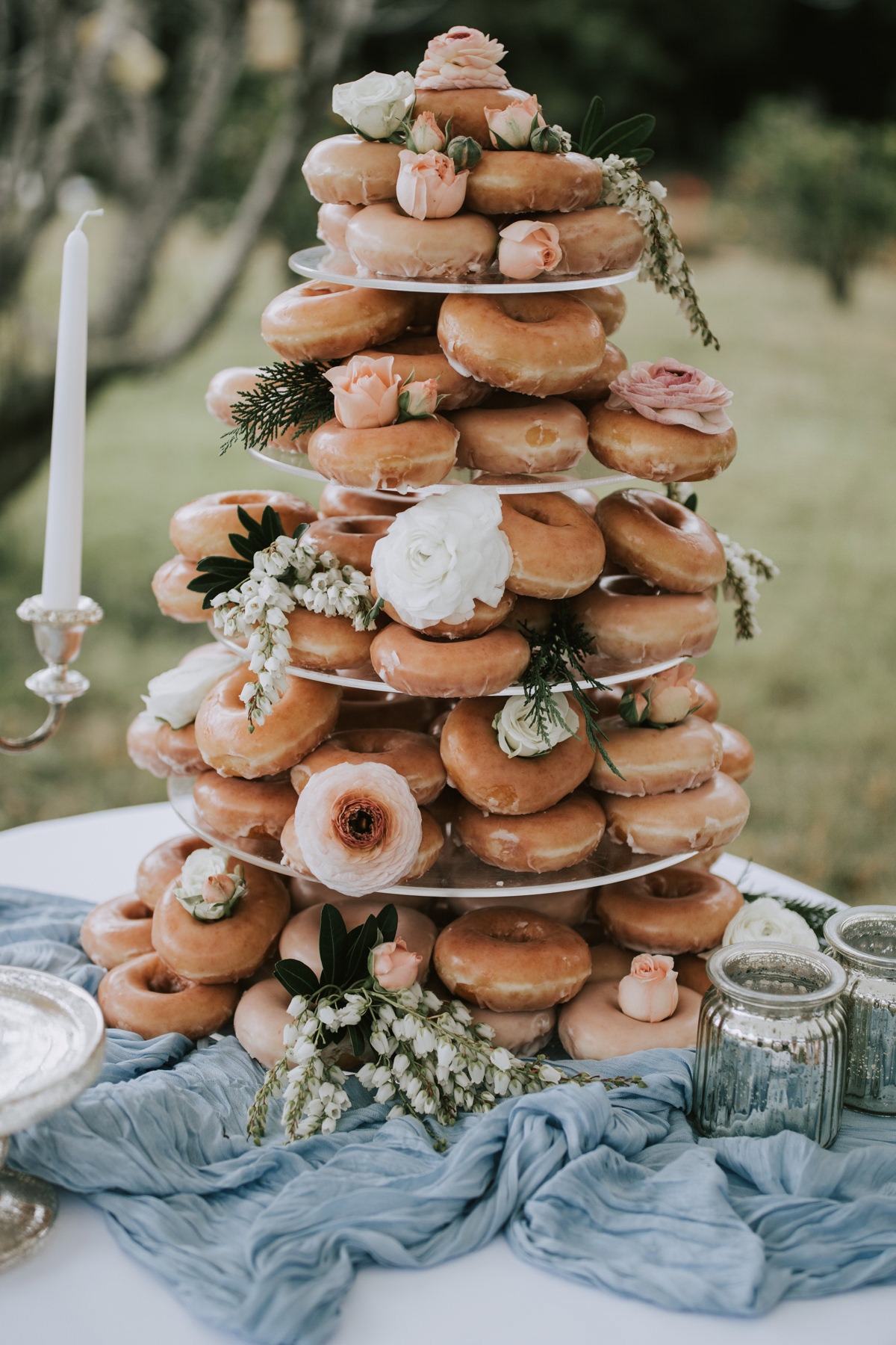 Bruidstaart van donuts