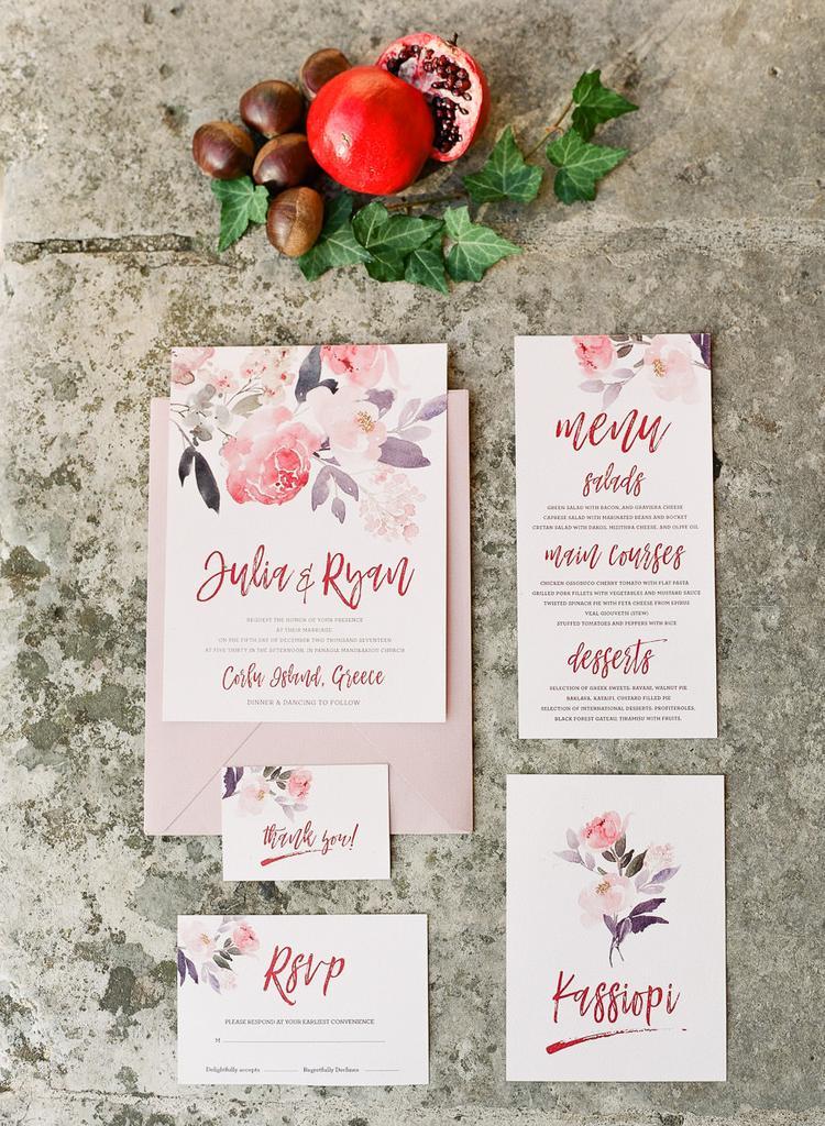 Roze trouwkaarten en ander drukwerk