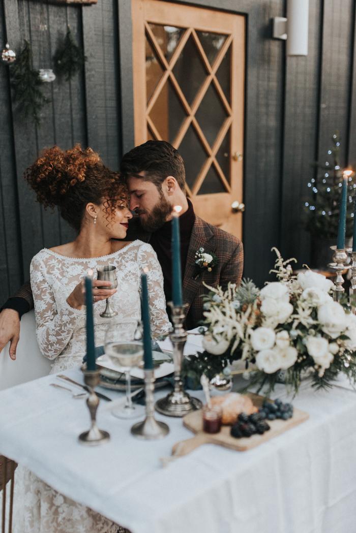 Bruidspaar met winter wonderland thema