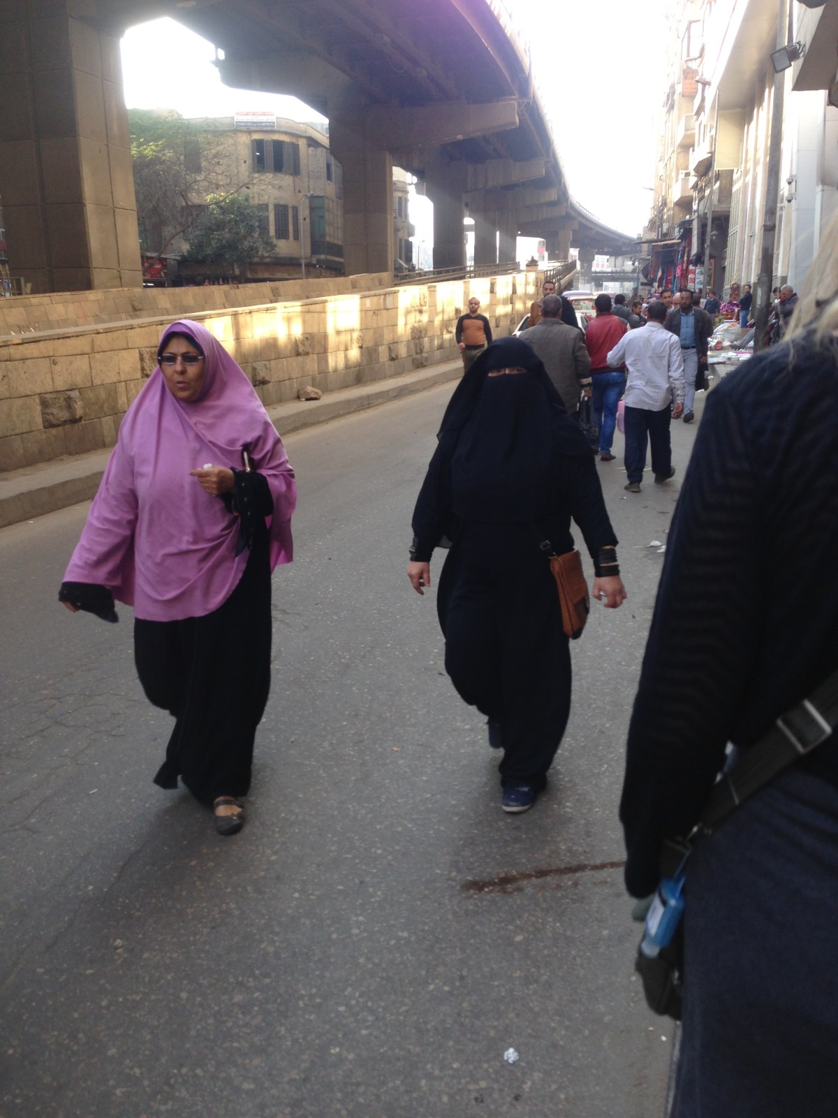 Lines in the Sand: Speaking Arabic in Cairo, Egypt (as a Woman)– By Jennifer Shipp
