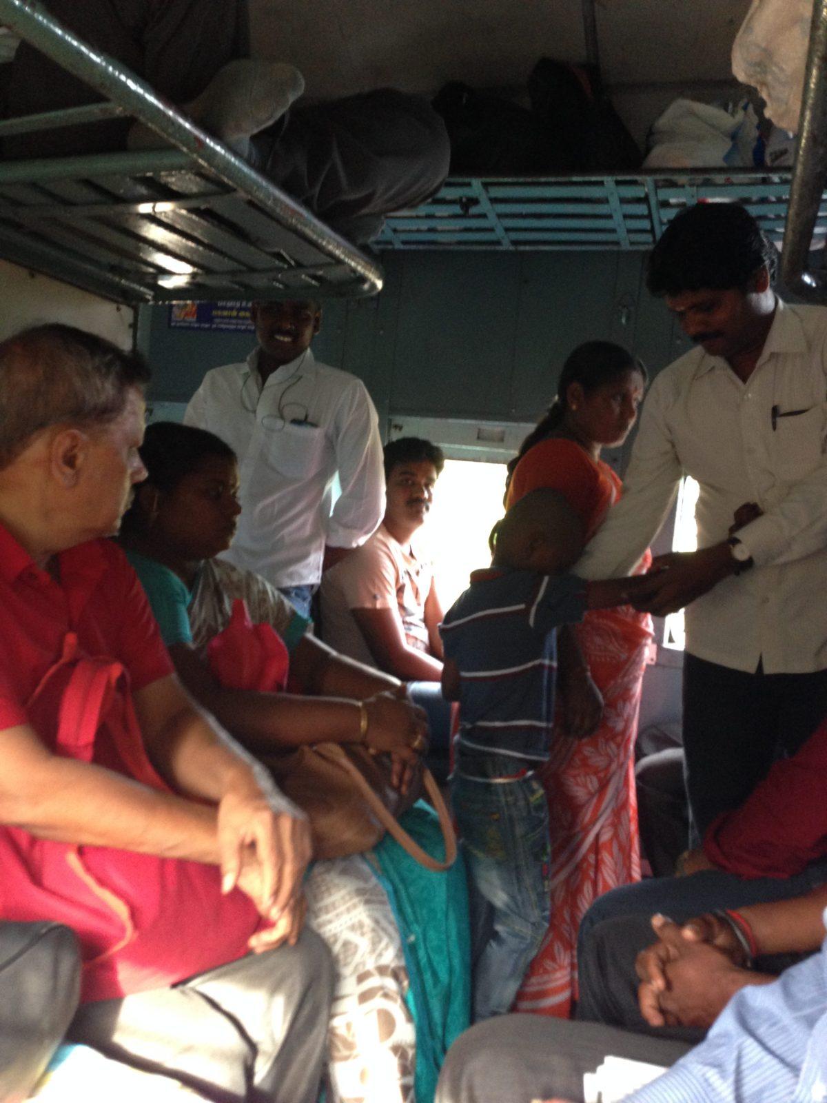 Pondicherry India Tourism: Jennifer on Clothes and Not Sad Kid