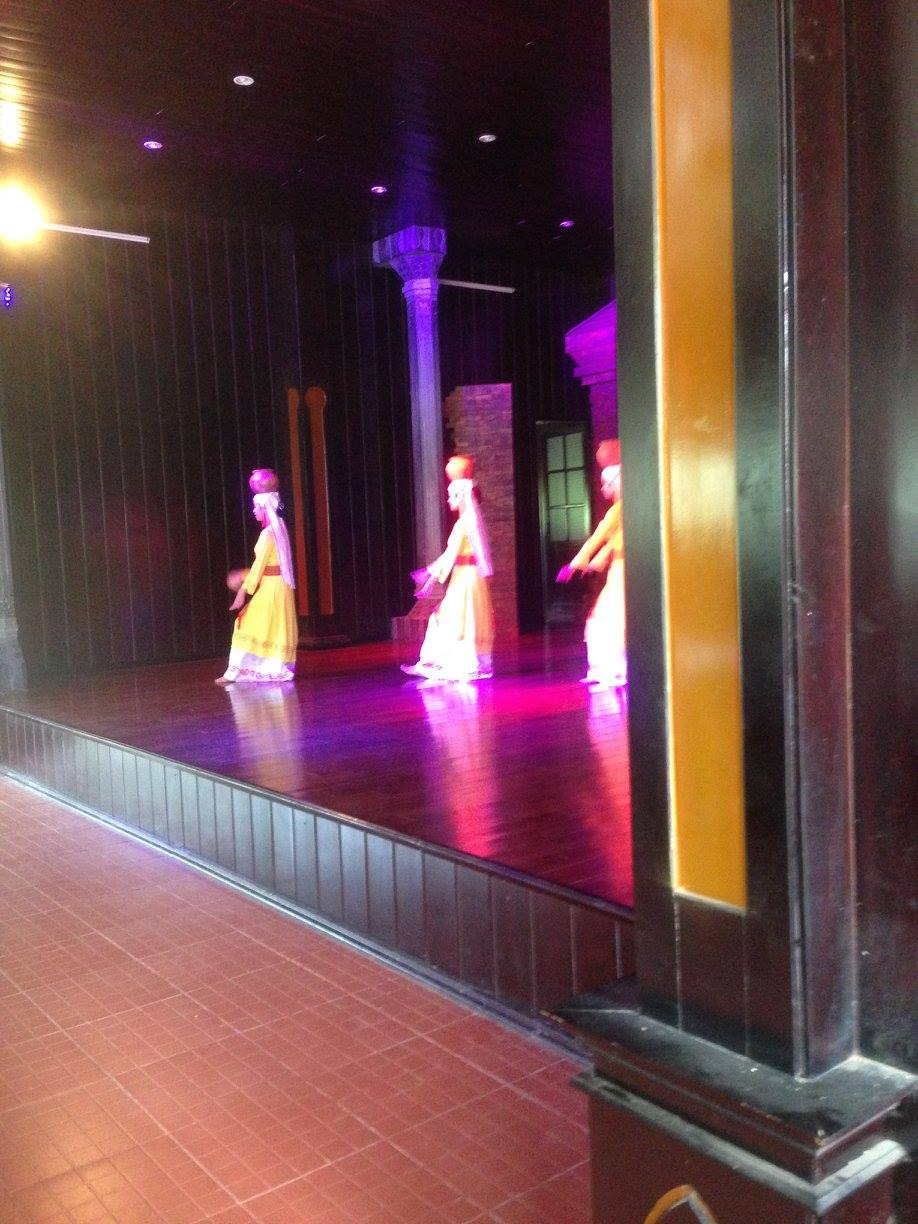 Hoi An Vietnam Travel: Vietnamese Dancers at My Son Champa Ruins