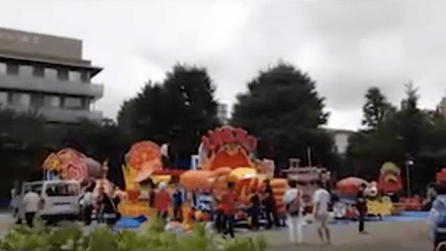 Tokyo Tourism: Disassembling Parade Floats in Asakusa, Tokyo