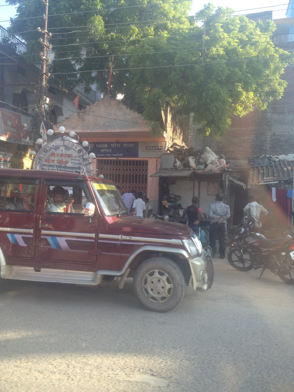 Varanasi Tourism: John Talks with Taxi Driver about Terror