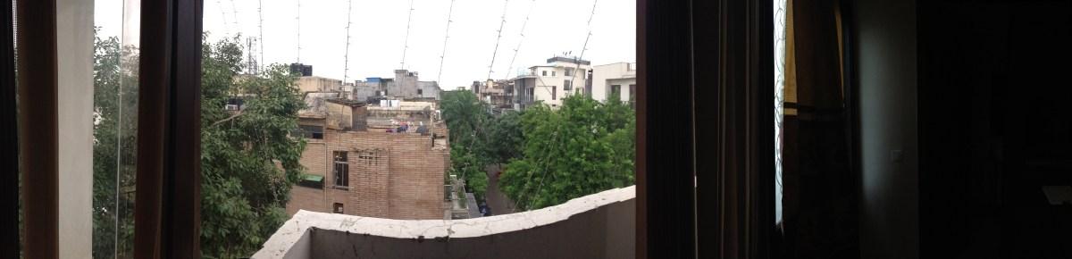 People-Watching: Five Bricks in Delhi