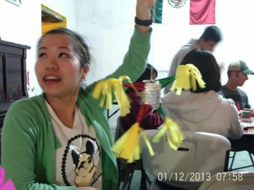 Making Pinatas Escuela Falcon Guanajuato Mexico 21