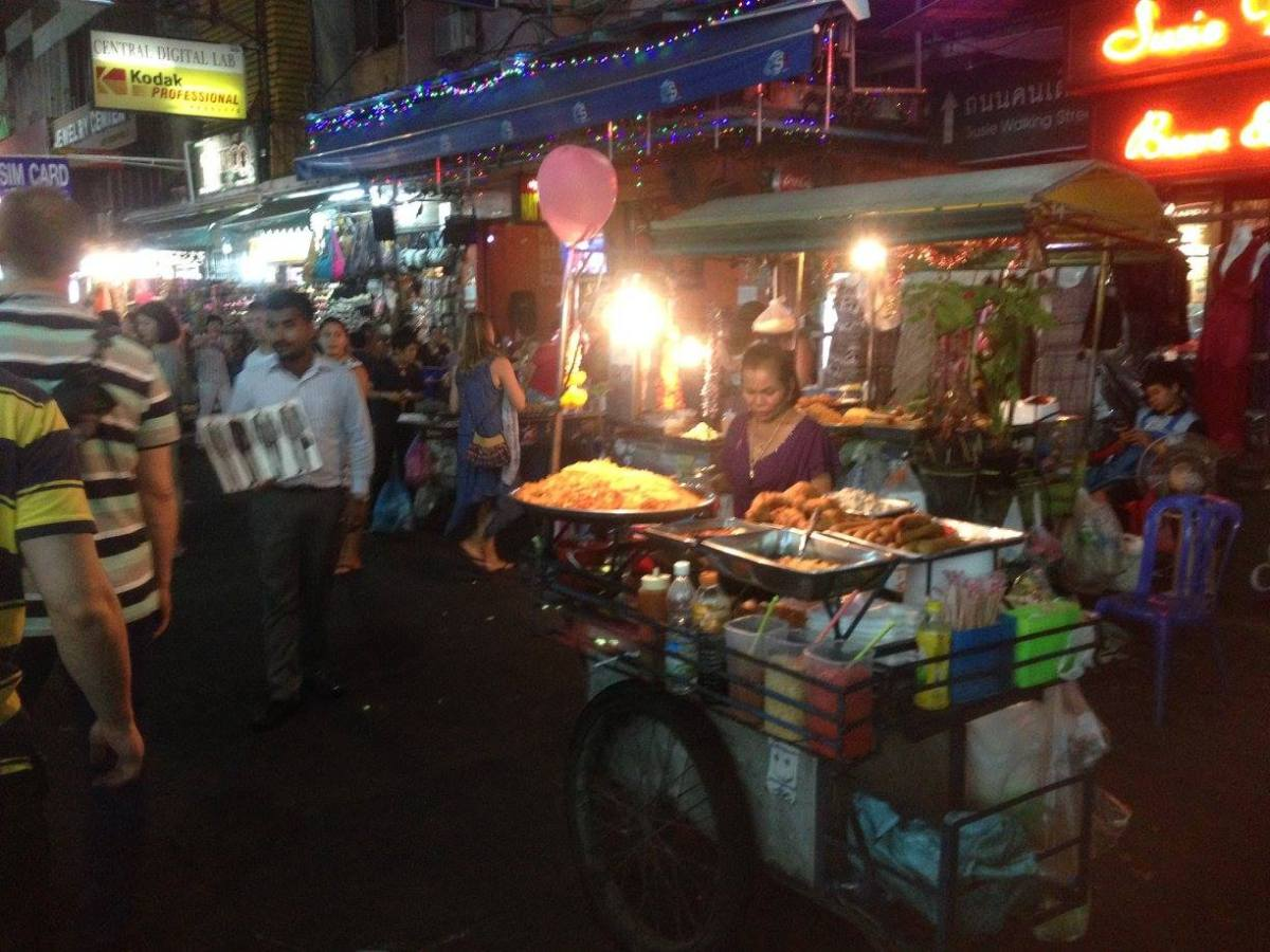 Things to Do in Bangkok: Give Hugs in Bangkok on Khao San Road