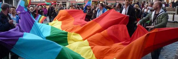 Moeten homo-onderwijzers hun geaardheid verbergen?