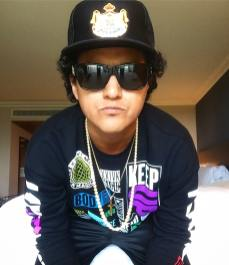 24k Magic Bruno Mars Tribute Artist Johnny Rico