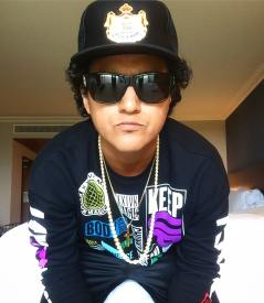 24k Magic Bruno Mars Tribute Artist Johnny Rico