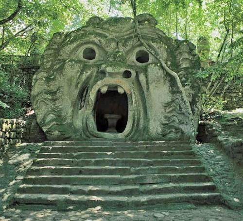 Ogni pensiero vola_Bomarzo-Viterbo_Sacro Bosco_Parco dei Mostri_a