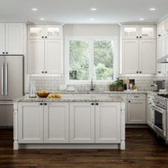 What To Use Clean Kitchen Cabinets Island Bar Stools Shaker Style With Charm And Elegance You Desire ...