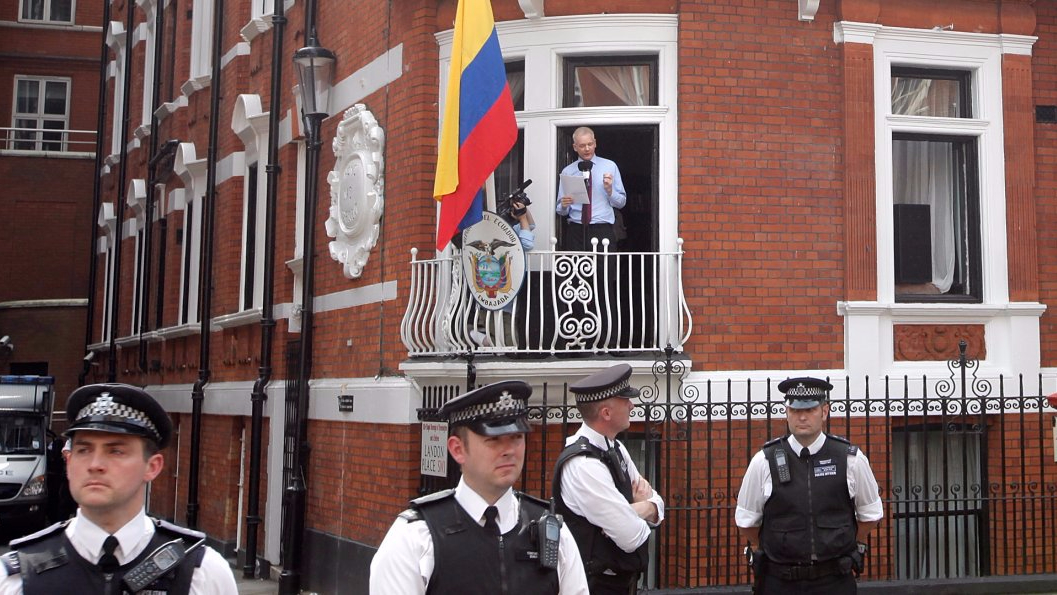 Assange as 'hacker' can stay in Embassy