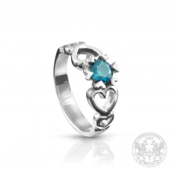 Годежен пръстен със син диамант