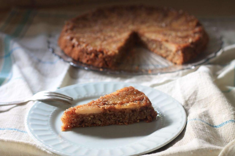 עוגת שקדים ואגסים בקרמל לפסח