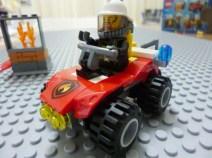 Lego City 60105 5