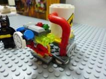 lego-batman-movie-joker-balloon-escape-7