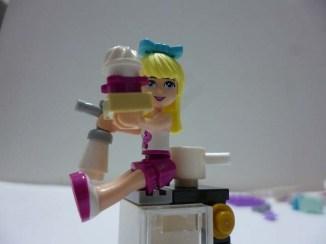 Lego Friends Stephanie 4
